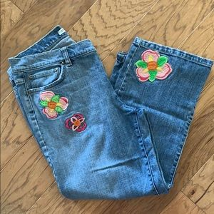 Cute Tommy Hilfiger cropped Jeans size 10